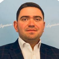 Vladimir Shpigelman at Signature Auto Group