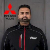 Nabeel Shamsi at Oakville Mitsubishi