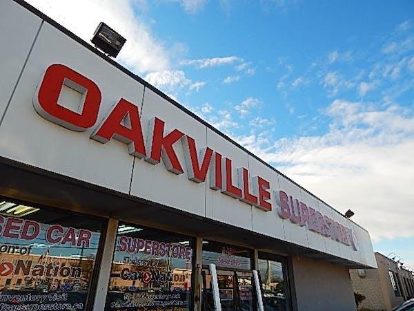 Oakville Used Car Superstore - Service Center, Oakville, ON, L6L 2X6