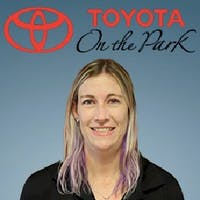 Emily Thomas at Toyota On the Park