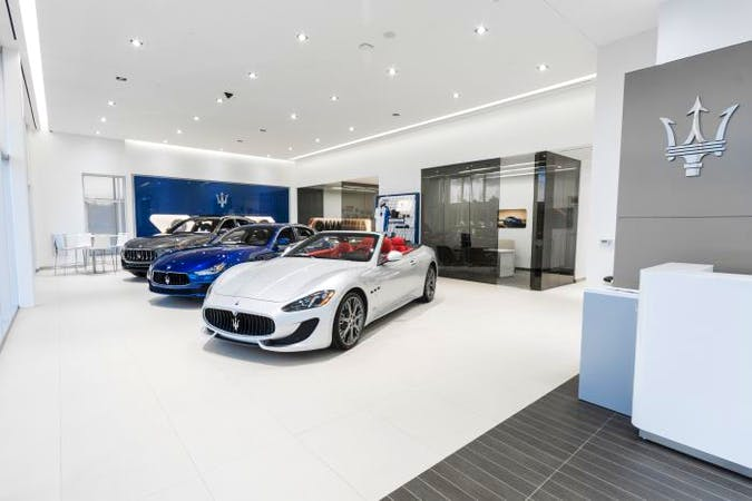 Maserati Alfa Romeo of St. Petersburg, Pinellas Park, FL, 33782