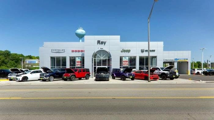 Ray Chrysler Dodge Jeep Ram, Fox Lake, IL, 60020