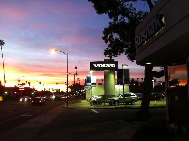 Rusnak Volvo Cars, Pasadena, CA, 91107