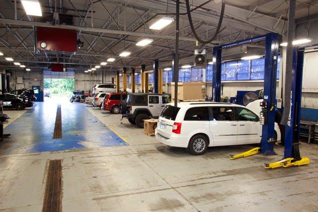 Shuman Chrysler Dodge Jeep Ram, Walled Lake, MI, 48390