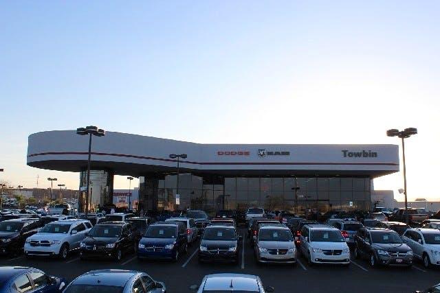 Dodge Dealership Las Vegas >> Towbin Dodge Ram Service Center Dodge Ram Service