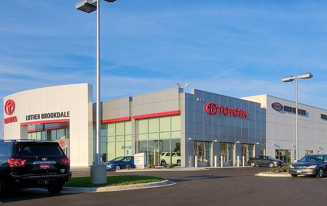 Luther Brookdale Toyota, Brooklyn Center, MN, 55429