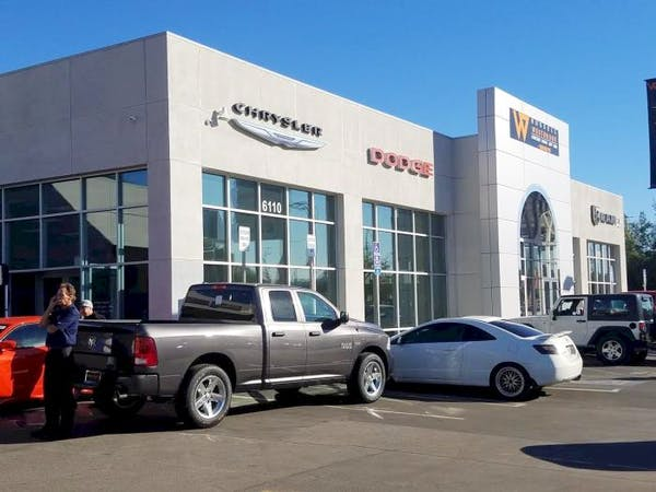 Russell Westbrook Chrysler Dodge Jeep Ram of Van Nuys, Van Nuys, CA, 91401