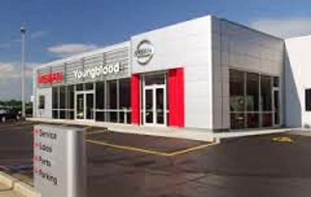 Nissan Springfield Mo >> Youngblood Nissan Nissan Service Center Dealership Ratings