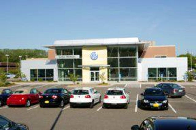 Vw Dealership Mn >> Luther Westside Volkswagen Volkswagen Used Car Dealer