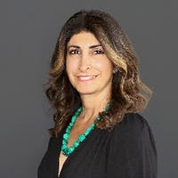 Nina Gewargis at Mercedes-Benz of Hoffman Estates