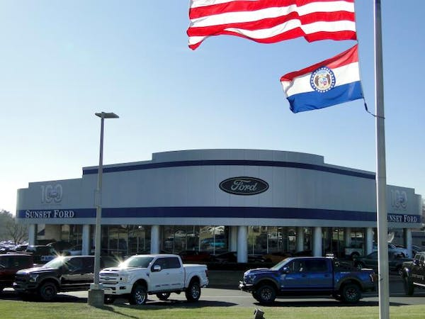 Sunset Ford, St. Louis, MO, 63127