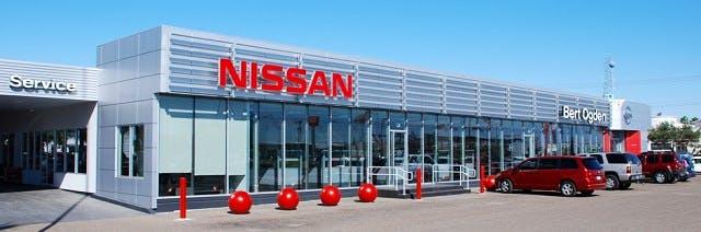 Bert Ogden Nissan >> Bert Ogden Nissan Nissan Service Center Dealership Ratings