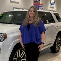 Dawn Hofer at Olathe Toyota