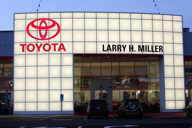 Larry H. Miller Toyota Peoria, Peoria, AZ, 85382
