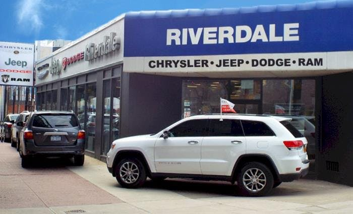 Bronx Car Dealers >> Riverdale Chrysler Jeep Bronx Ny Foto Jeep And Wallpaper Hd