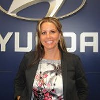Jenni Tuton at Elgin Hyundai