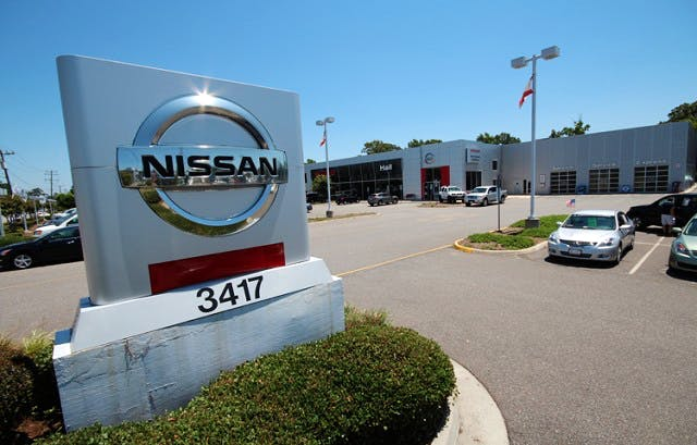 Hall Nissan Chesapeake >> Hall Nissan Chesapeake Nissan Used Car Dealer Service