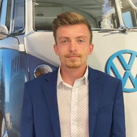 Faris  Kudumovic at Lithia Volkswagen of Des Moines