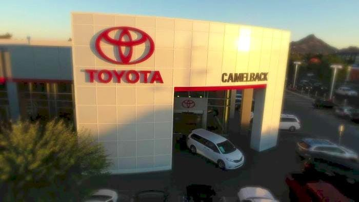Camelback Toyota Parts >> Camelback Toyota Service Center Toyota Used Car Dealer