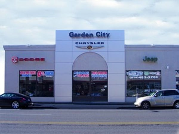 Garden City Chrysler Jeep Dodge, Hempstead, NY, 11550