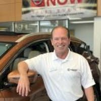 Mike Henderson at Tom Wood Nissan