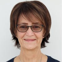 Lorraine Leavitt
