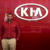 Shyrone Lawrence at Turnersville Kia