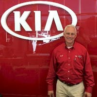 Scott Edelstein at Turnersville Kia
