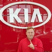 Scott Paeske at Russ Darrow Kia of Wauwatosa