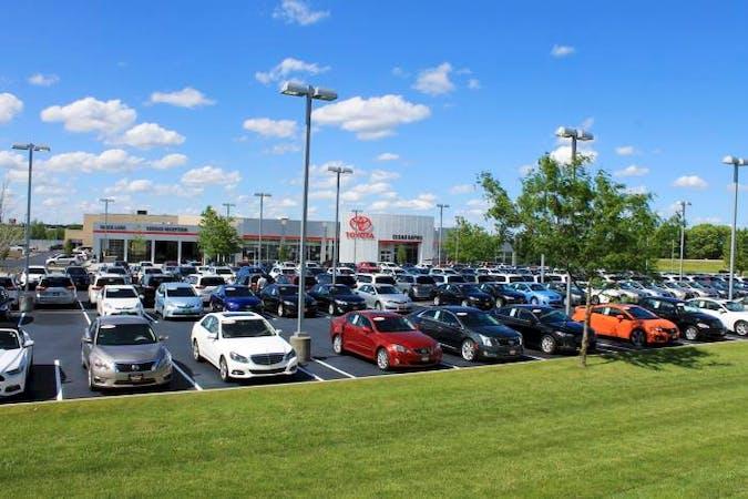 Cedar Rapids Toyota, Hiawatha, IA, 52233