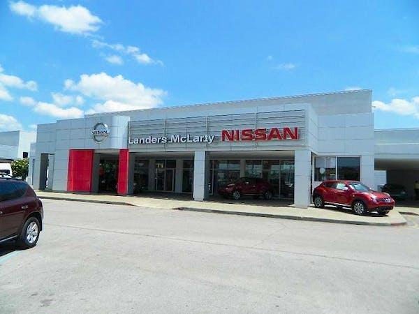 Landers McLarty Nissan of Huntsville, Huntsville, AL, 35806