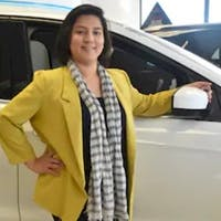 Liz Marroquinn at DCH Ford of Eatontown