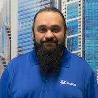 Eddie Baeza at Knauz Hyundai - Service Center