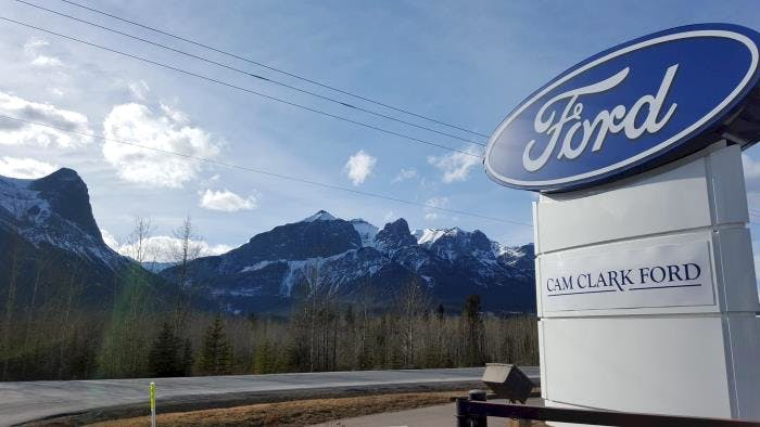 Cam Clark Ford - Canmore, Canmore, AB, T1W 1N8
