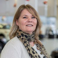 Krista Caperchione at St. Catharines Nissan