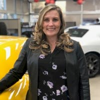 Janelle Hunter at Fairview Chrysler Dodge Limited