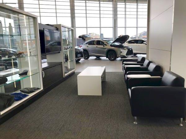 Ken Shaw Lexus, Toronto, ON, M6N 1K8