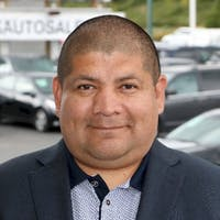 Oscar  Vicencio at BCS Auto Sales