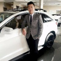 Yue Li at Southview Acura