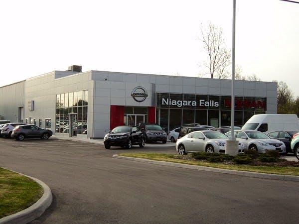 Niagara Falls Nissan, Niagara Falls, ON, L2E 6S5