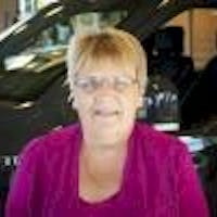 Shelly Posey at Koch Ford Lincoln