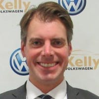 Peter Simmons at Kelly Volkswagen
