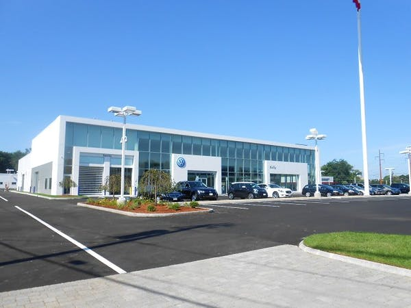 Kelly Volkswagen, Danvers, MA, 01960