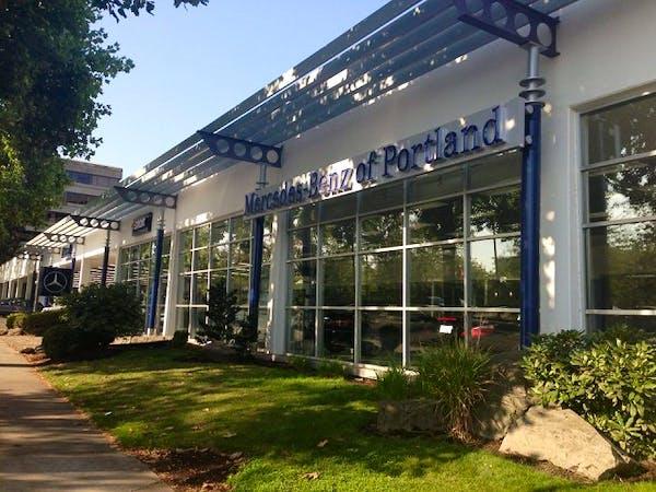 Mercedes-Benz smart center of Portland, Portland, OR, 97201