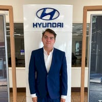 Mateo De La Cruz at Paramount Hyundai Hickory