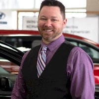 Jeff Salyer at Crestmont Hyundai