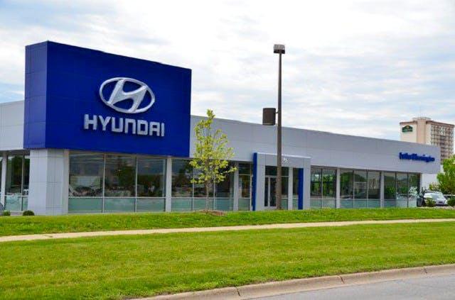 Luther Bloomington Hyundai, Bloomington, MN, 55437