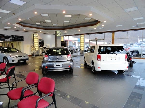 University Of Toyota >> University Toyota Toyota Used Car Dealer Service Center