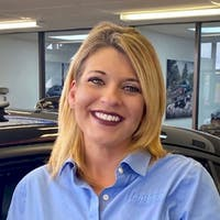 Kristy  Laster at Hendrick Chrysler Dodge Jeep RAM Hoover