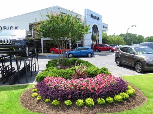Hendrick Chrysler Dodge Jeep RAM Hoover, Birmingham, AL, 35216